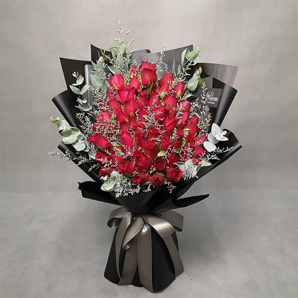 66 roses bouquet