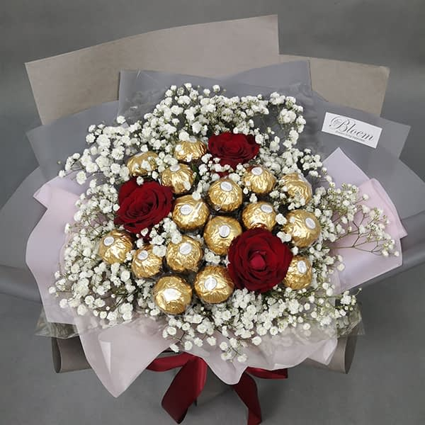 rose chocolate bouquet
