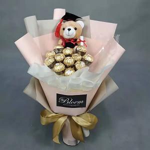 graduation bouquet