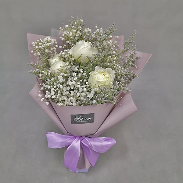 HB234 1 Rm60 3 White Roses Baby Breath and Caspia 1