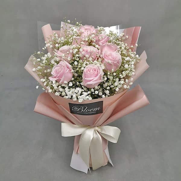 HB242 1 Rm150 9 Pink Roses Baby Breath