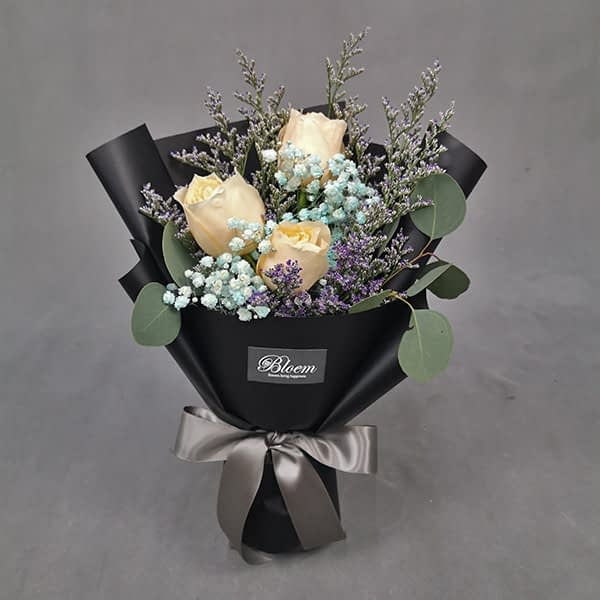 HB235 1 Rm70 3 Champange Roses Colour Baby Breath and Eucalythus