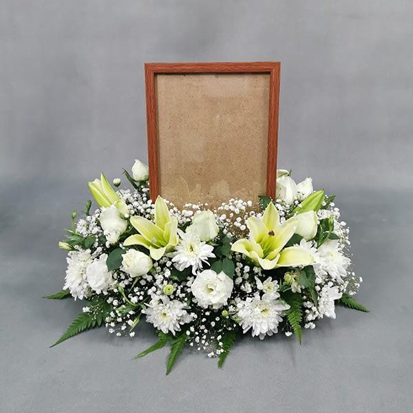 photo frame flowers