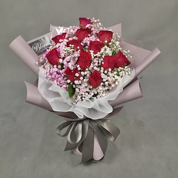HB247 1 RM195 12 Roses Baby breath Pink White