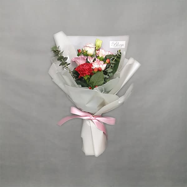 HB230 RM80 carnationeustomaberryeucalyptus