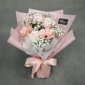 rose daisy bouquet